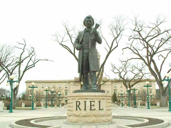 Louis_Riel_Statue.jpg
