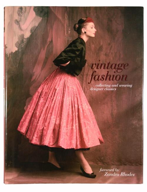 055de3ecc64dbfd2eb26939d3fcaf846--fashion-vintage-vintage-clothing.jpg