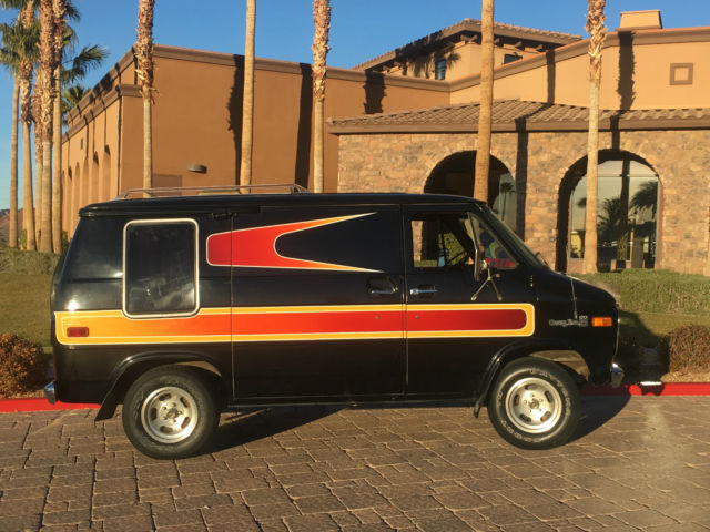no-reserve-1977-g20-van-22k-original-miles-1-owner-shorty-aka-the-love-machine-9.jpg